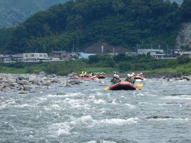修学旅行 半日ラフティング 富士川