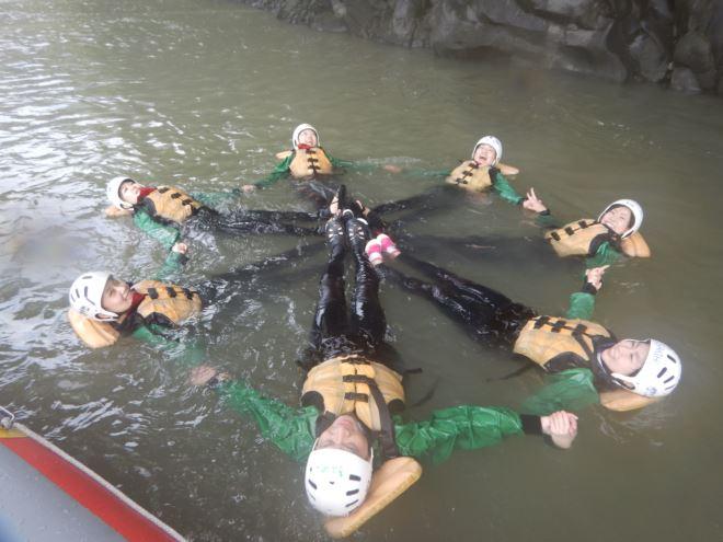 アウトドア 静岡 川遊び