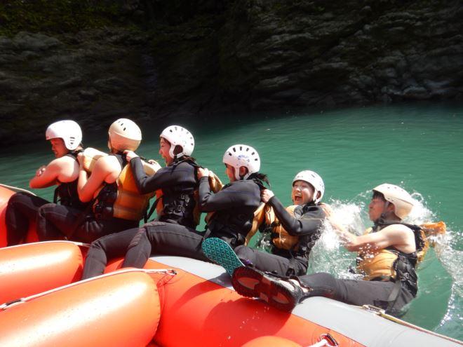 ボート 川遊び 静岡