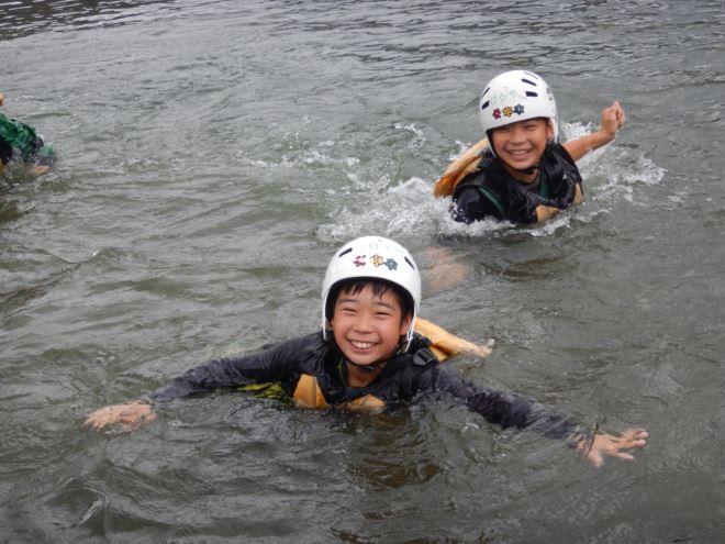 静岡 こども 川遊び