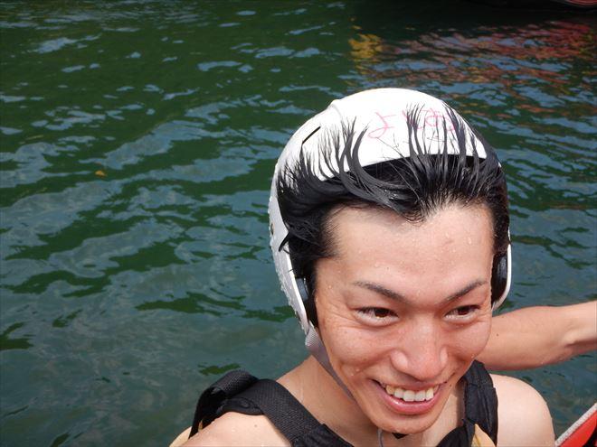 ヘルメット 髪の毛くっつく ハプニング