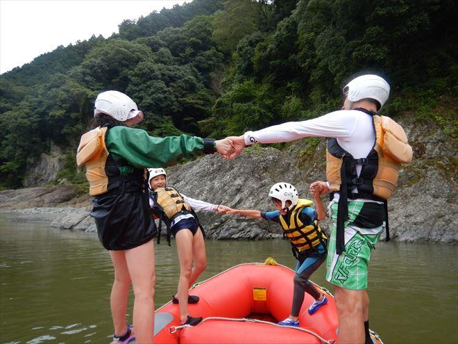 ボート遊び バランス遊び 富士川増水