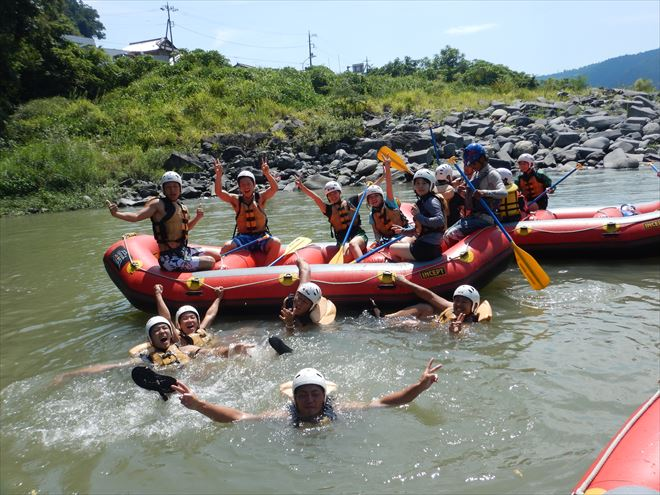 静岡ラフティング 川泳ぎ 夏遊び