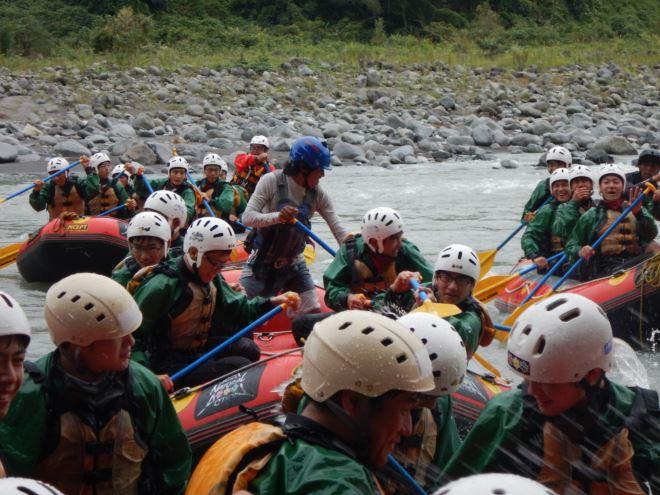 静岡 教育旅行 ラフティング