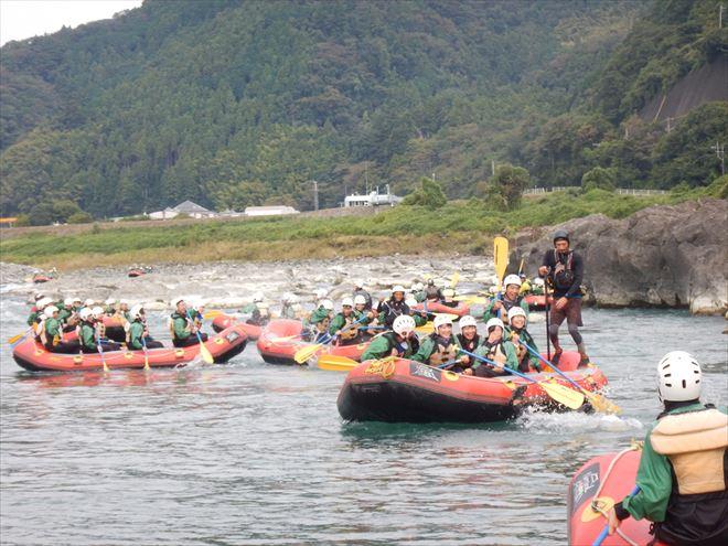 団体ラフティング 富士川遊び 地元遊び