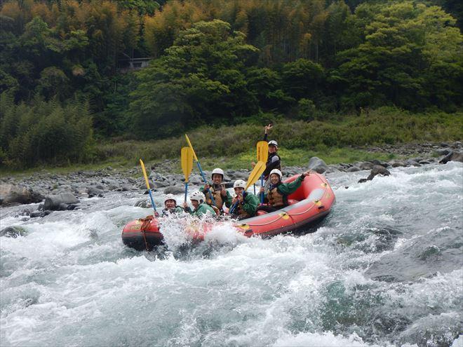 富士川渇水 水が少ない富士川