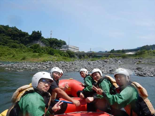 富士山を見ながらラフティング 富士山ラフティング