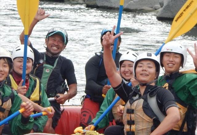 半日富士川ラフティング 半日で自然を体感する