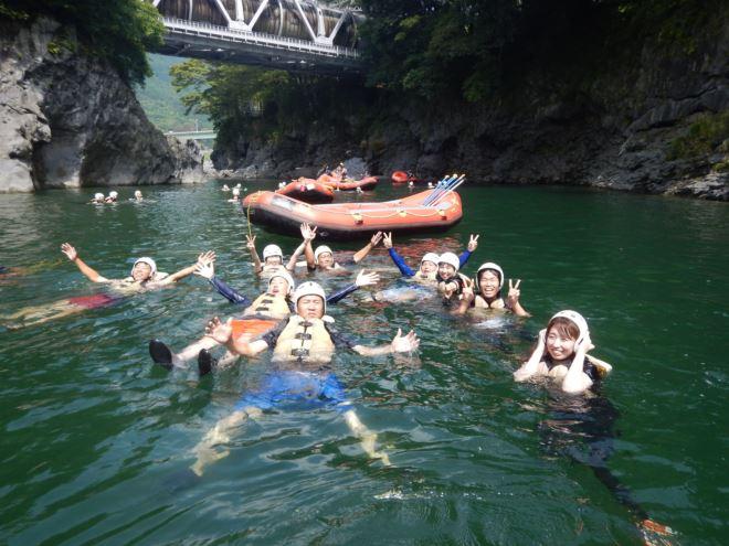 富士、富士宮で遊ぶ 泳げる川