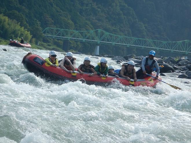 急流富士川 川遊び